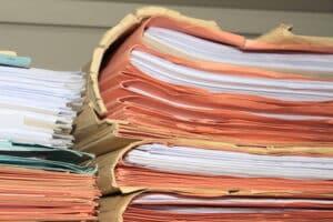 Ein Antrag auf Hartz 4 kann aus mehreren Formblättern bestehen.