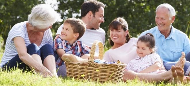 Kinder bekommen Unterhalt nach der Düsseldorfer Tabelle, wenn ihre Eltern getrennt oder mit neuem Partner leben.