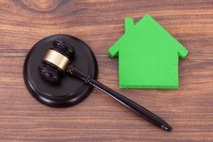 Eigenheim und Hartz 4 sind miteinander vereinbar, wie die Rechtsprechung zeigt.