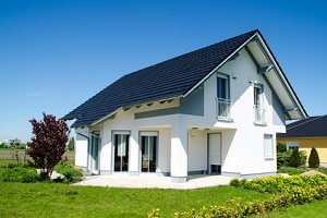 Ein Eigenheim wird nur unter bestimmten Umständen als verwertbares Vermögen beurteilt.