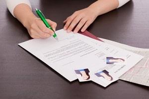 Für die Erstattung der Bewerbungskosten von der Agentur für Arbeit genügt ein Formular.