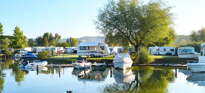 Kann Hartz 4 auf dem Campingplatz gezahlt werden? Welche Kosten werden übernommen? Mehr dazu lesen Sie hier!