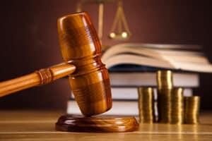 Das BSG entschied: Der Kläger durfte das durch Hartz 4 angesparte Vermögen nicht behalten