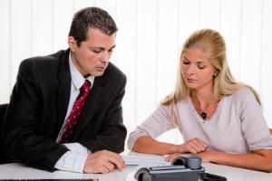 Sie erhalten bei der Jobsuche Hilfe in Form von Beratung vom Jobcenter.