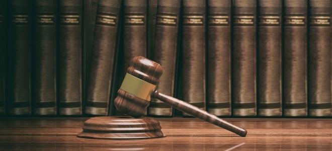Die Prozesskostenhilfe unterstützt Personen, die sich ein Verfahren vor Gericht nicht leisten können.
