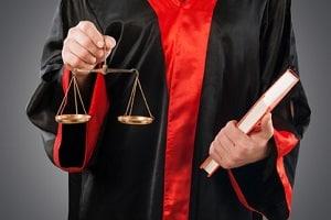Wie hoch darf der Tagessatz für Hartz-4-Empfänger bei einer Geldstrafe sein?