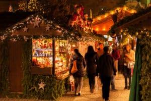 Ohne Weihnachtsgeld bei Hartz 4 könnten sogar Weihnachtsmarktbesuche geringer werden.