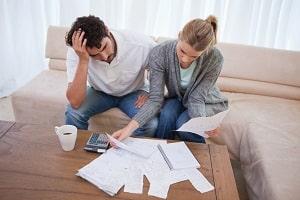 Alleine eine Wohnung zu mieten, ist für Hartz-4-Empfänger unter 25 Jahren meist nicht möglich.