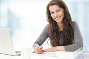 Für eine Wohnungserstausstattung ist eine Liste wichtiger Gegenstände hilfreich